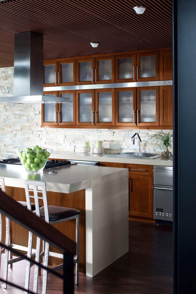 Glass Cabinets, Open Shelving Big 2014 Kitchen Trend | Wurth Wood ...